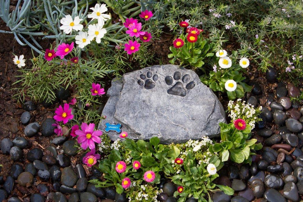 Garden Pet Urns